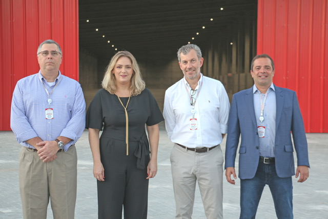 Da esquerda para a direita: Pedro Nelson, Renata Agualuza, Philippe Huybrechs e Rodrigo Correa.