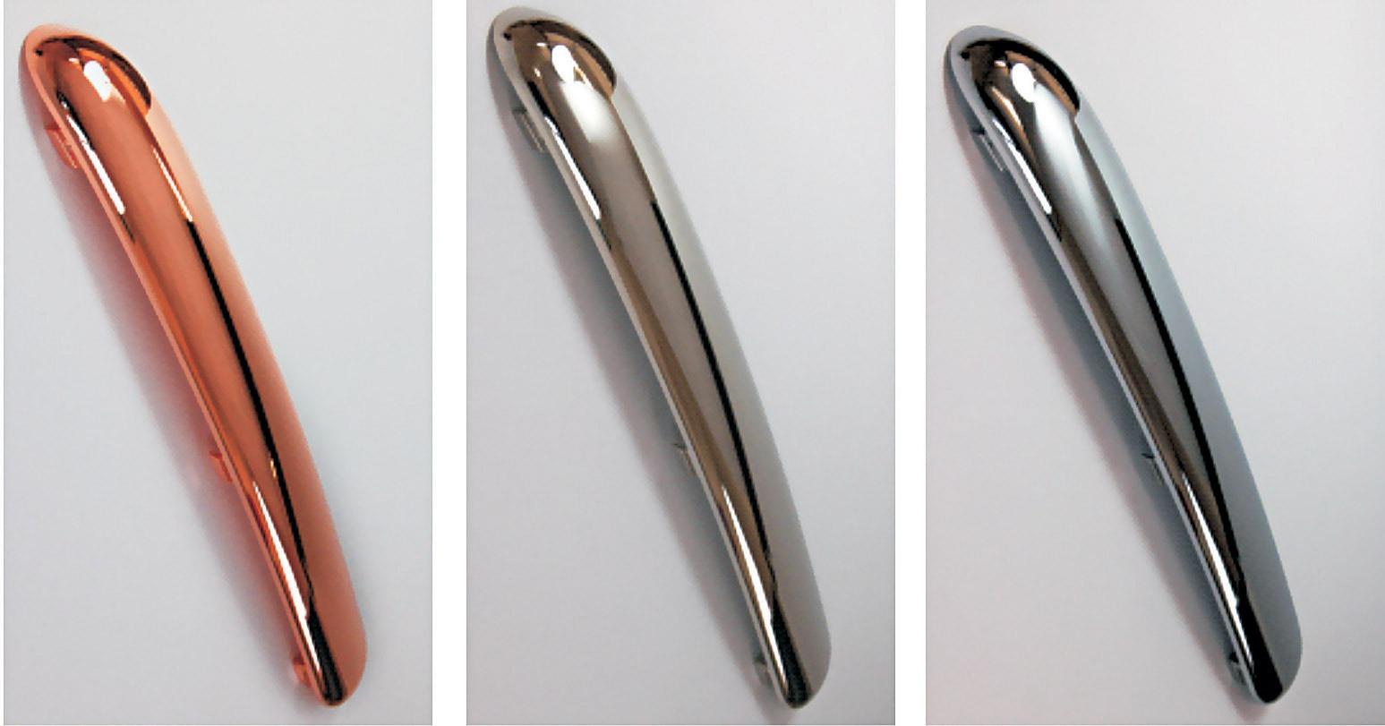 Química e Derivados - Metalização de maçaneta automotiva, a partir da esq.: peça pré-tratada; com camada de cobre; de níquel; e de cromo - Fonte: Atotech